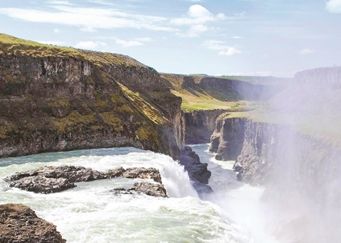 A Circumnavigation of Iceland