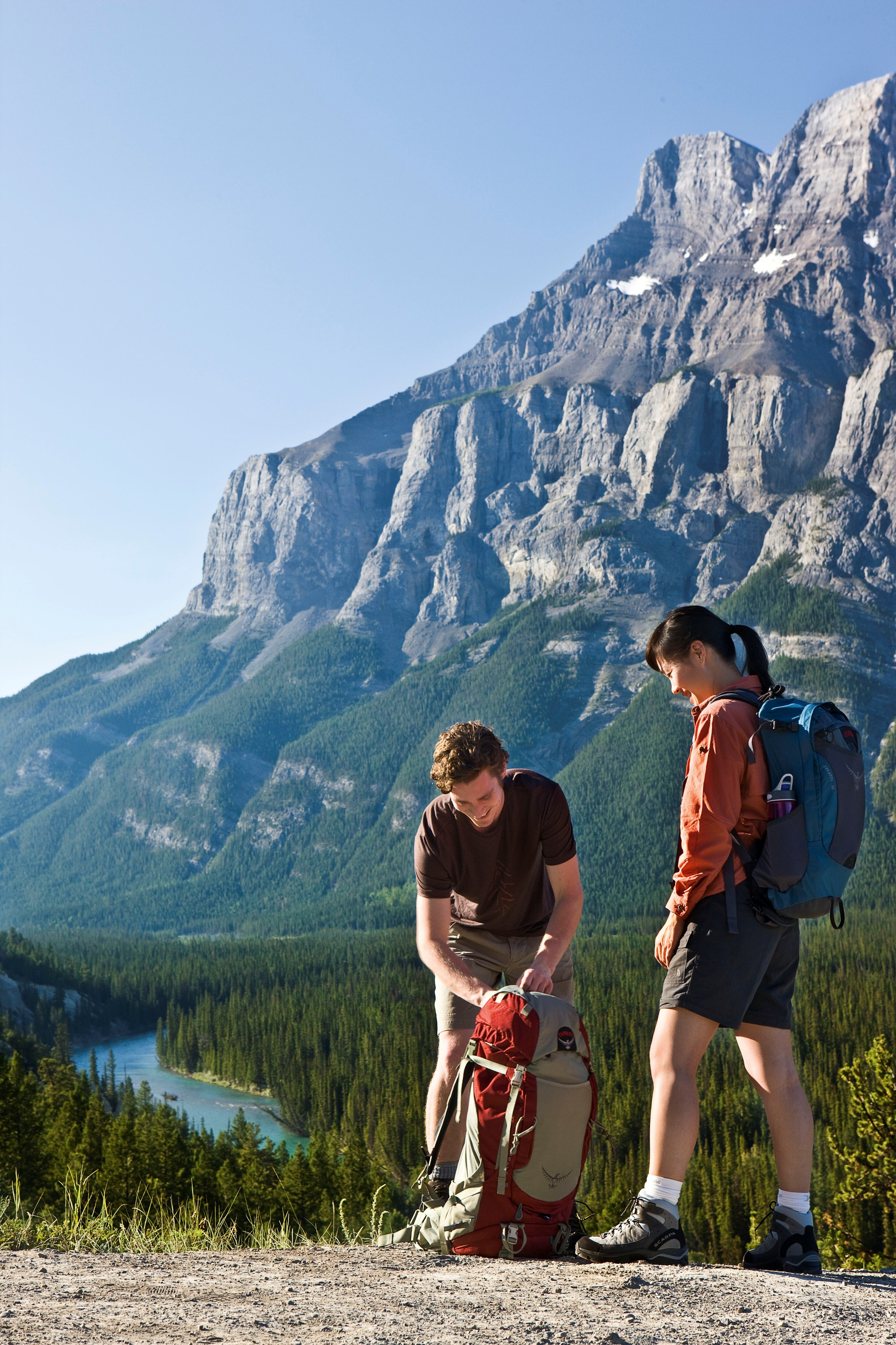 10 Best Canada Trekking Hiking Tours With 46 Reviews: Experience Extraordinary Western Canada With Adventure World